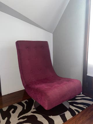 Butaca giratoria+alfombra de estampado cebra
