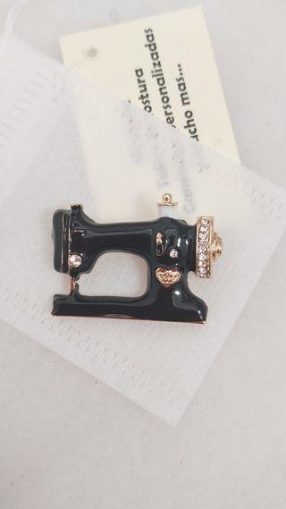 Maquina de coser broche