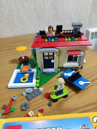 LEGO CREATOR 3IN1 casa modular con piscina