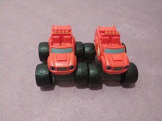 2 juguetes