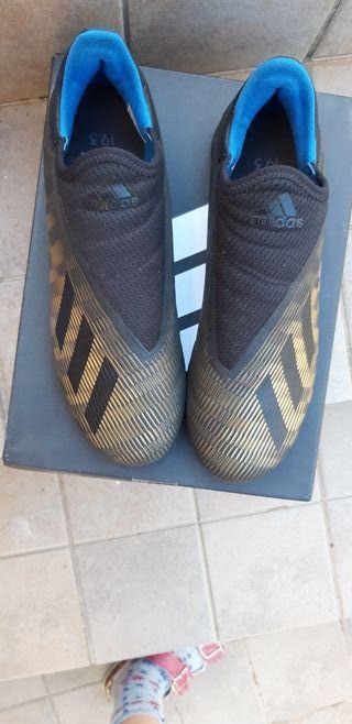 Zapatillas de fútbol multitacos adidas