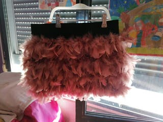 Minifalda plumas rosas Stradivarius talla S.