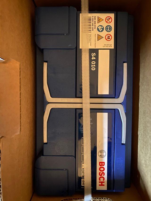 Vendo batería Bosch nueva en su embalaje. De 80ah