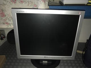 "Monitor de Pc 19"" Marca LG"