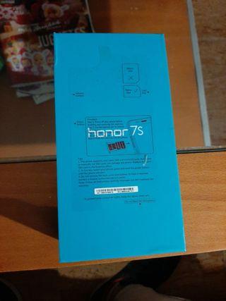 """Caja """"Honor 7s"""""""