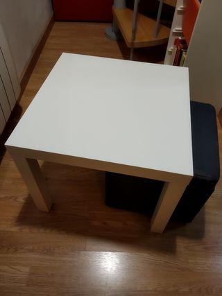 Mesa centro Ikea y puff (precio solo mesa)