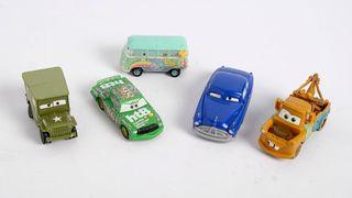 5 coches película CARS de plástico. Disney. PIXAR
