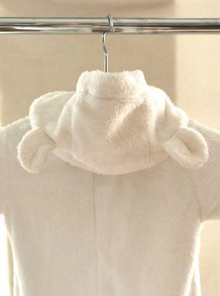 Buzo blanco de Osito (1-3 meses)