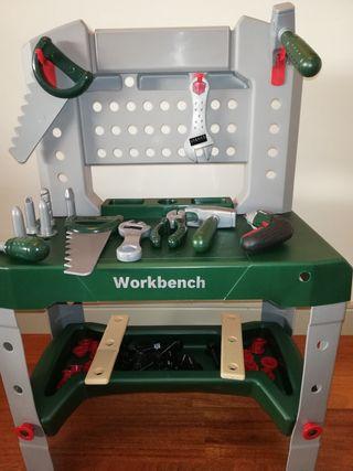 Banco de trabajo Bosch + Herramientas