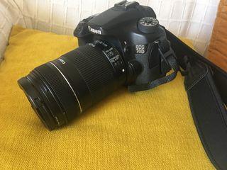 Canon Reflex 70D- poco uso