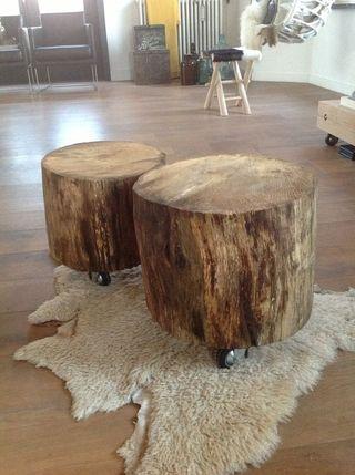Taburete tronco pino