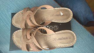 Zapatos planta de piel