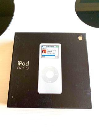 Caja iPod Nano 1ª generación en color blanco