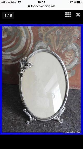 Marco de plata con bonito adorno