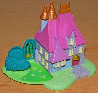 Casa Disney de la madrastra de cenicienta.