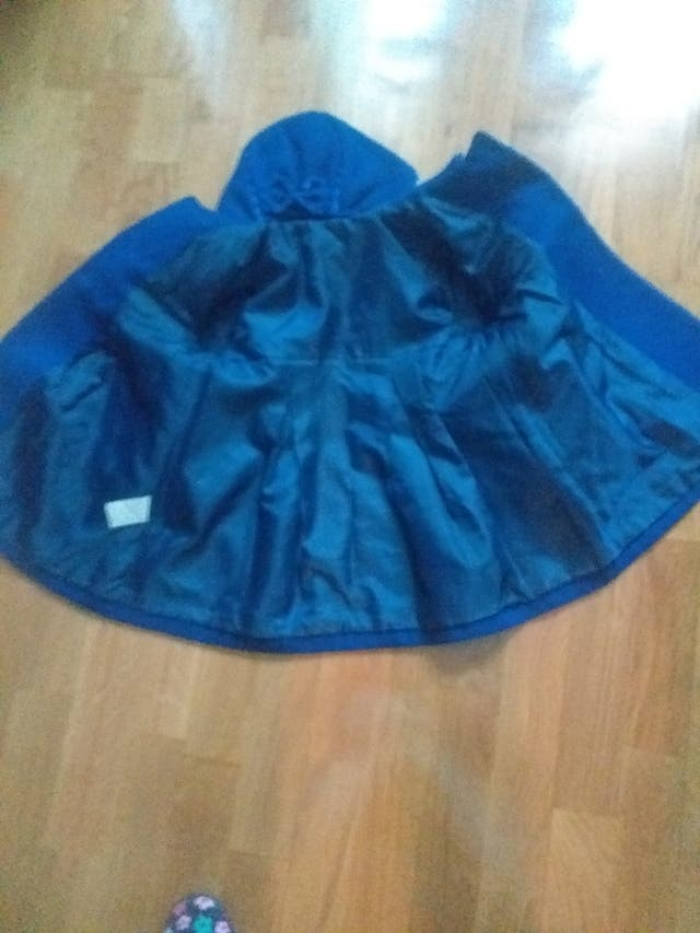 abrigo niña Azulon con capota
