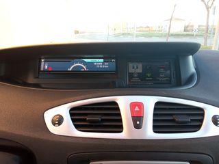 Renault Grand Scenic 2011