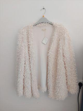 chaqueta blanca de pelo