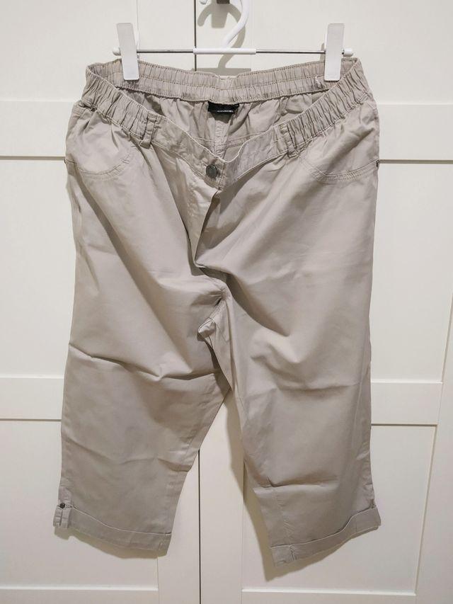 Pantalón bermuda de mujer