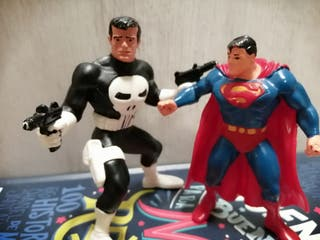 Figura Punisher y Superman