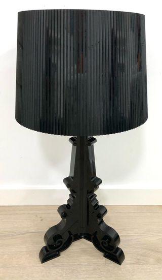 Lámpara KARTELL modelo BOURGIE Negra