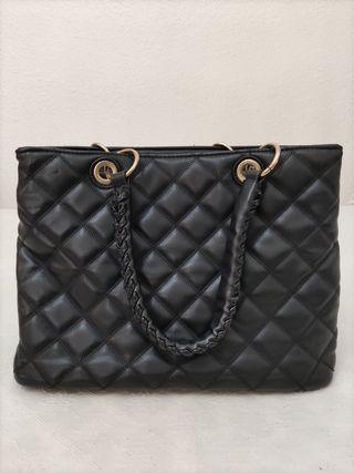 bolso nuevo color negro acolchado