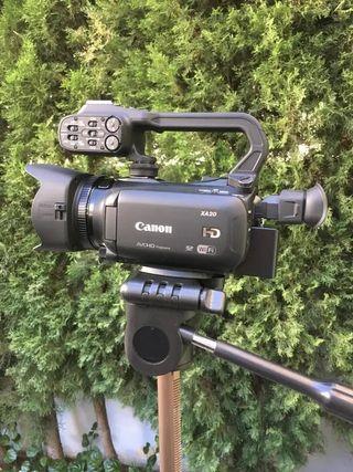 Videocámara Canon XA20