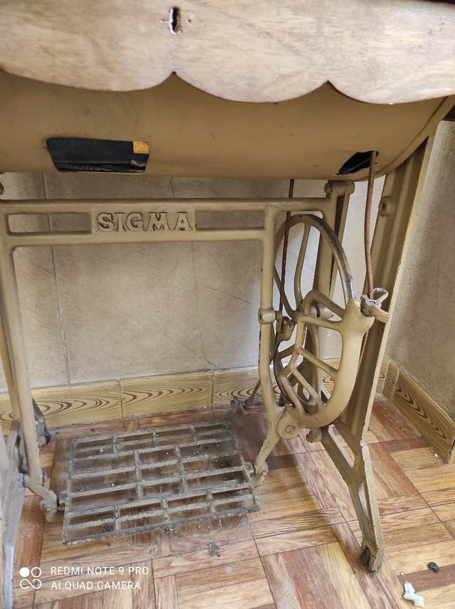 Máquina Coser Sigma con mesa