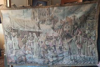 """Tapiz basado en el cuadro """"El mercado de brujas""""."""