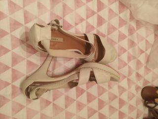 sandalia tacón alto