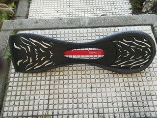 Monopatin de dos ruedas. Waveborde Skate