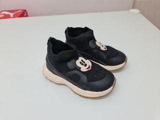 zapatillas mickey Mouse Zara