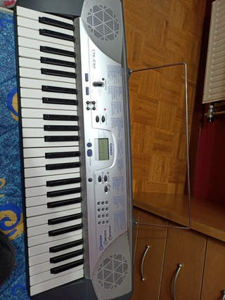 Órgano eléctrico Casio CTK-230
