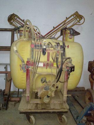 Pulverizador de herbicida.