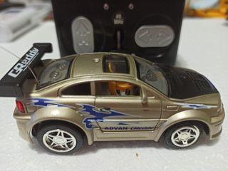 Mini coche RC 9cm