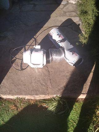 extractor con tubo y filtro de carbono