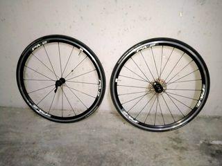 vendo ruedas de bicicleta de 27 pulgadas