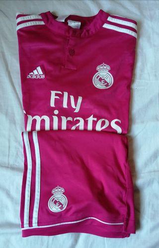 ¡OCASIÓN! Real Madrid Chándal Chica (Talla 13-14)