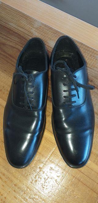 Zapatos negros Zara nuevos