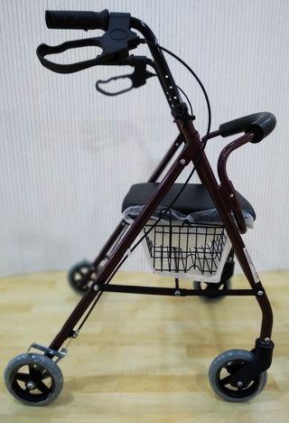 Andador adulto ruedas freno y cesta.665371509