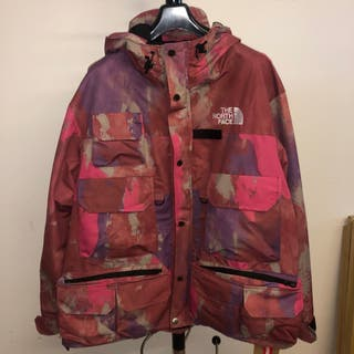 Supreme x The North Face cargo pink jacket