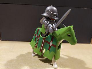 Caballero verde Playmobil