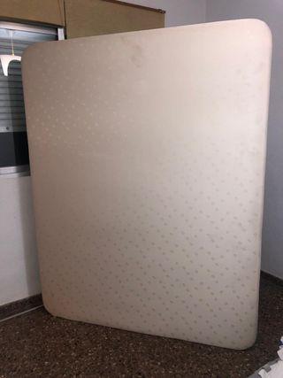 Base tapizada para cama de 140cm