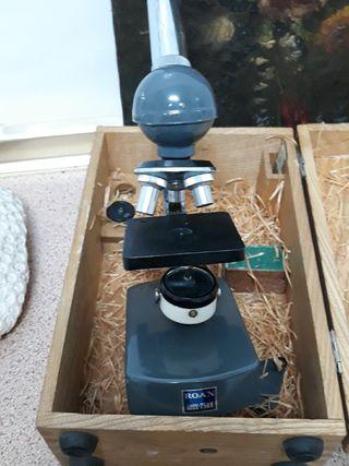 microscopio antiguo ROAN