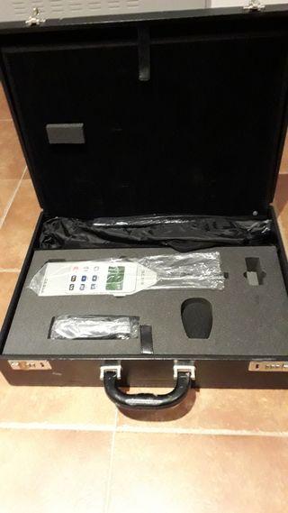 Conjunto de: Sonómetro SC310, Calibrador CB006, Tr