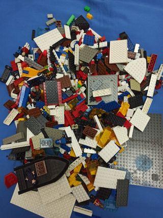 Más de 2kg de piezas 100% compatibles con Lego.