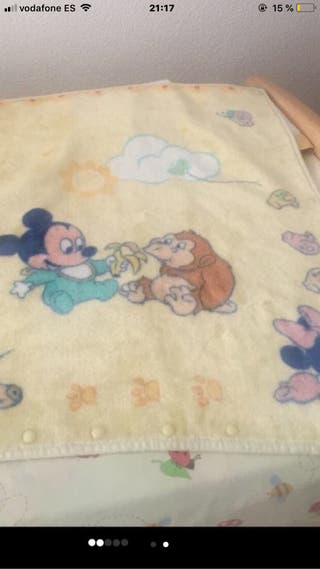 Manta saquito Disney de ( manterol)