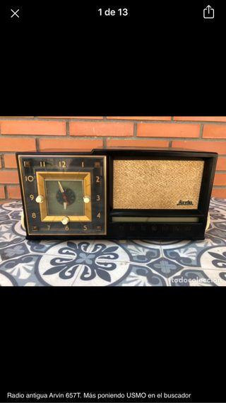 Radio antigua Arvin 657 T. No probada