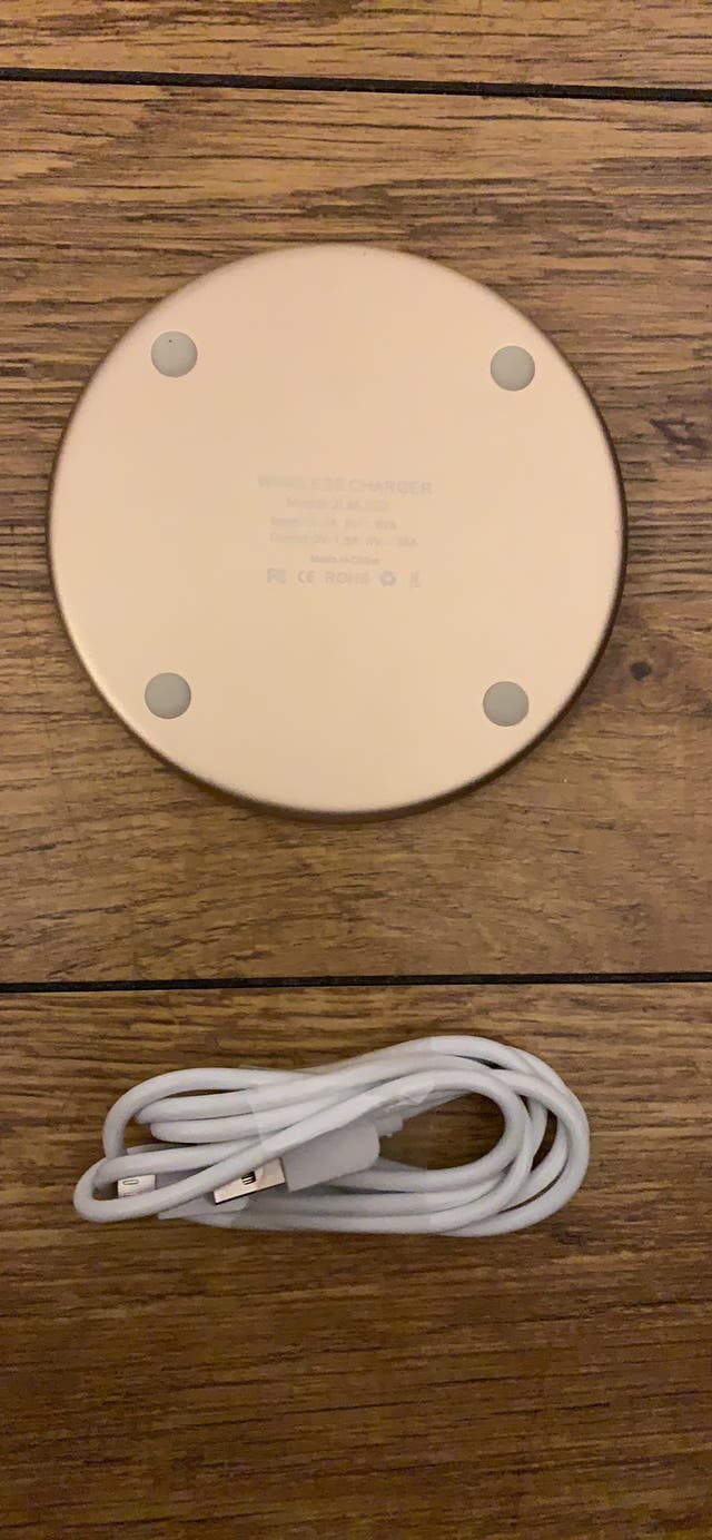 Brans new fast wireless charger