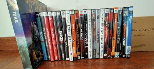 Juegos PC mas DVD externo